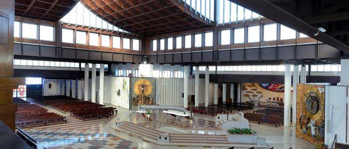 interno nuovo santuario